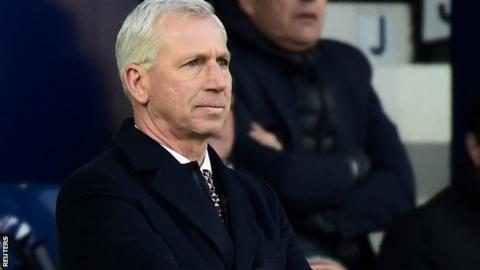 West Brom manager Alan Pardew looks pensive during the defeat to Huddersfield
