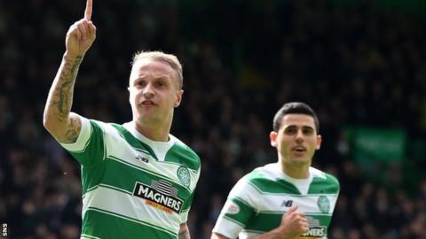 Leigh Griffiths celebrates his opener