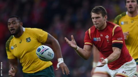 Dan Biggar in action for Wales against Australia in the 2015 Rugby World Cup