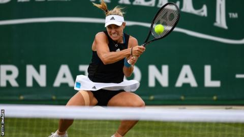 Kerber outguns Halep to reach Eastbourne semi-finals