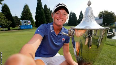 Stacy Lewis celebrates winning Cambia Portland Classic