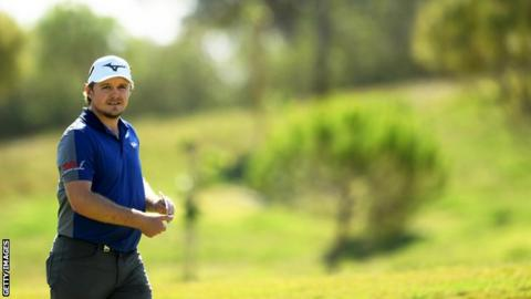 Turkish Open: Eddie Pepperell disqualified after running out of balls