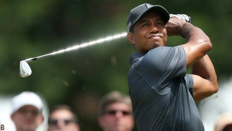 Tiger Woods in second-round action at the Wyndham Championship