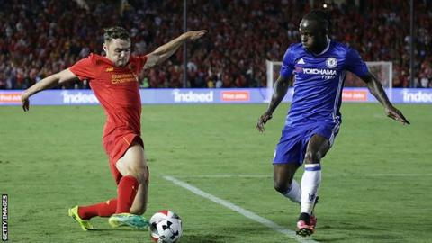 Connor Randall playing for Liverpool against Chelsea