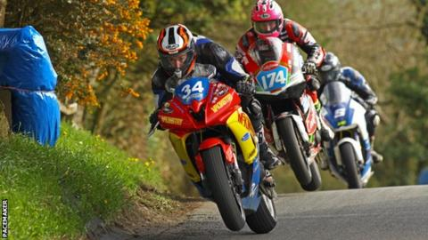 Daniel Mettam in action in the Supertwins class at the recent Cookstown 100