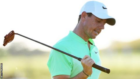 More disappointment for McIlroy after he misses a putt on the 18th at Erins Hills