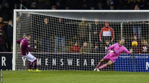 Linn's penalty was his fifth goal of the season and put Arbroath 2-0 up