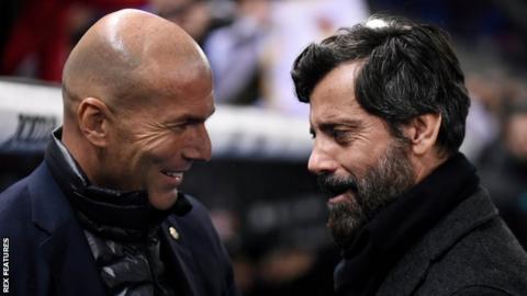 Quique Sanchez Flores (right) with Real Madrid boss Zinedine Zidane