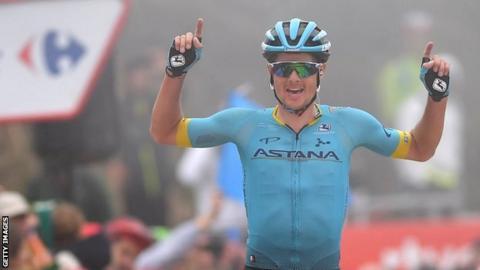 Jakob Fuglsang celebrates victory