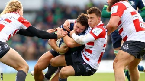 Gloucester's Lloyd Evans tackles Connacht's Dave Heffernan