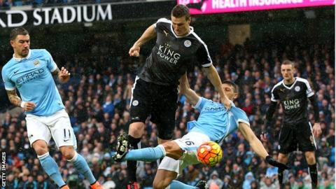 Iheanacho leads Leicester City to beat Arsenal