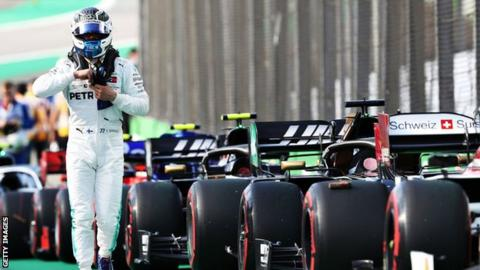 Lewis Hamilton wraps up season with 'master-class' in Abu Dhabi