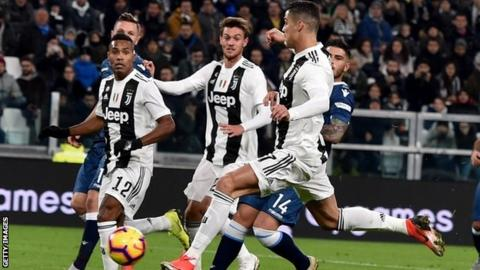 juventus 2 0 spal cristiano ronaldo scores 10th juve goal in win