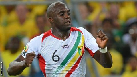 Momo Sissoko in action for Mali at the 2013 Africa Cup of Nations