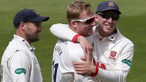 Essex complete innings victory against Nottinghamshire