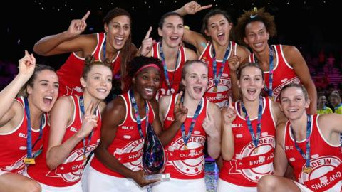 England celebrate after winning the 2017 Fast5 World Series