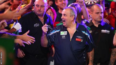 Phil Taylor in action