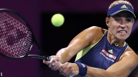 Wozniacki overcomes Kerber to reach Qatar Total Open semi-finals