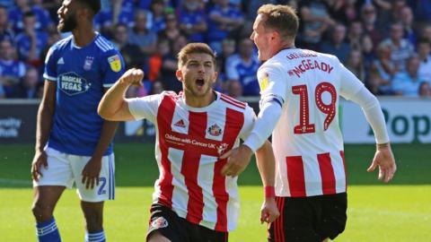 Sunderland - Football - BBC Sport