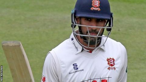 Ravi Bopara celebrates his century