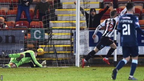 Dunfermline's Bruce Anderson scores