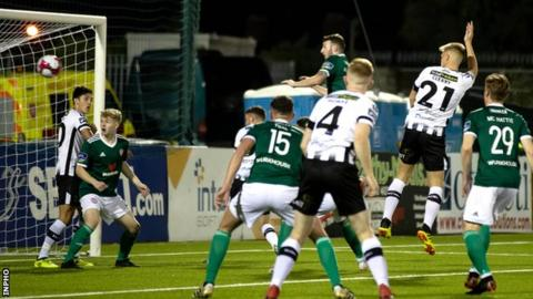 Premier Division Dundalk On Verge Of Title After 3 2 Win Over Derry