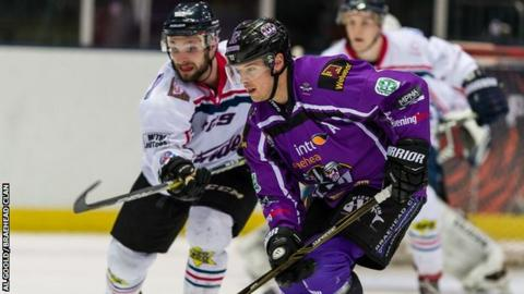 Dundee Stars will be the only Scots in the play-off finals after beating Braehead Clan 6-1 on aggregate