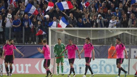 Scotland lost 3-0 to France in Metz