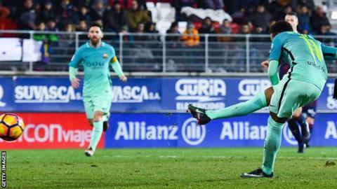 Neymar completes Barcelona win