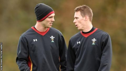 George North chats with Liam Williams during a Wales training session