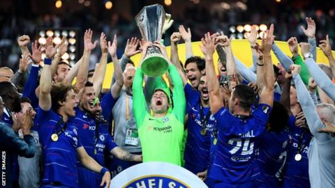 Chelsea goalkeeper Rob Green announces retirement