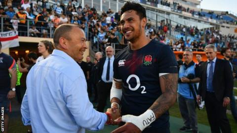 Jones congratulated Solomona after he scored a winning try on his England debut