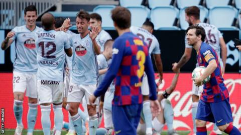 La Liga slip leads to rift between Barcelona players, manager Setien class=
