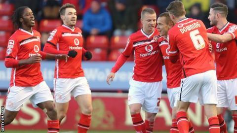 Walsall celebrate with Kieron Morris