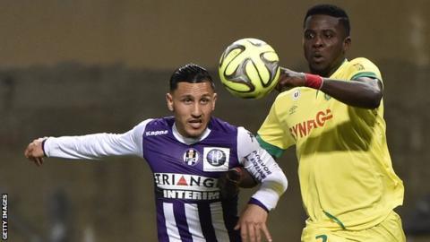 Papy Djilobodji playing for Nantes