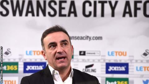 Carlos Carvalhal at his first Swansea news conference