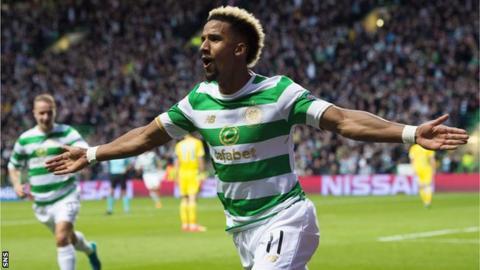 Celtic's Scott Sinclair celebrates