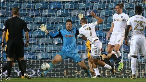 Prediksi Newport County vs Leeds United