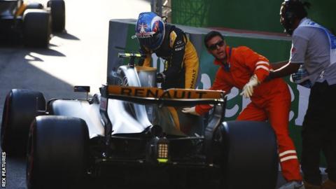 Jolyon Palmer crash