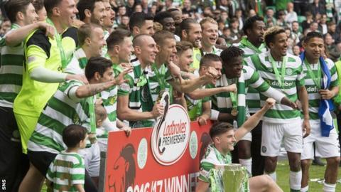 Celtic celebrate winning the Scottish Premiership title
