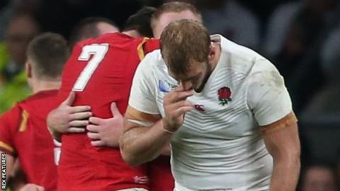 Chris Robshaw is dejected after losing to Wales at the 2015 World Cup