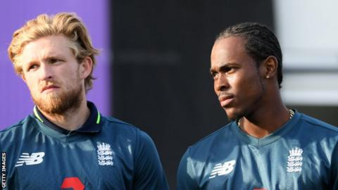 England bowlers David Willey (left) and Jofra Archer
