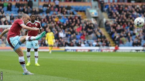 David Jones scores Burnley's opening goal