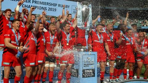 Saracens celebrate winning the Premiership in 2019