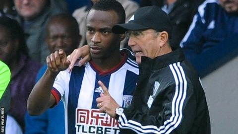 West Brom manager Tony Pulis (right) and striker Saido Berahino