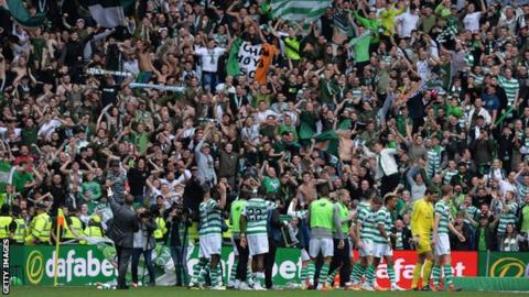 Celtic celebrate with their fans