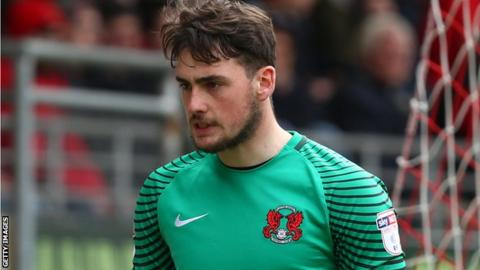 Sam Sargeant in action for Leyton Orient