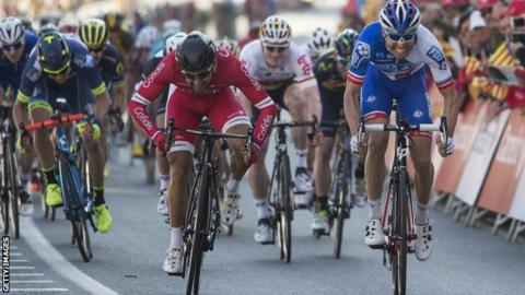 Davide Cimolai wins Volta a Catalunya opening stage