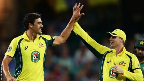 Mitchell Starc and Steve Smith