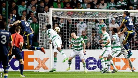 Fernandao scores for Fenebahce against Celtic